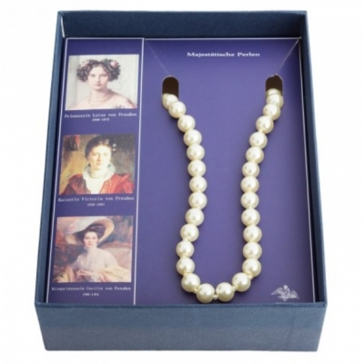 Pearl necklace double row