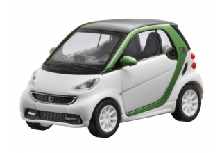 Smart fortwo electric drive white 1:87
