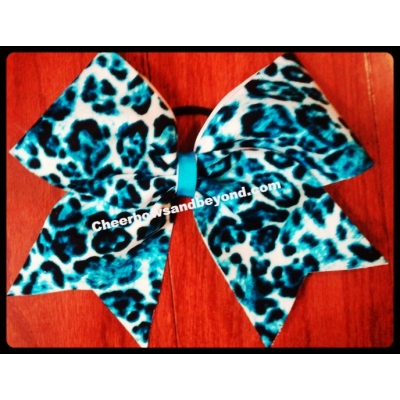 Turquoise Leopard ..