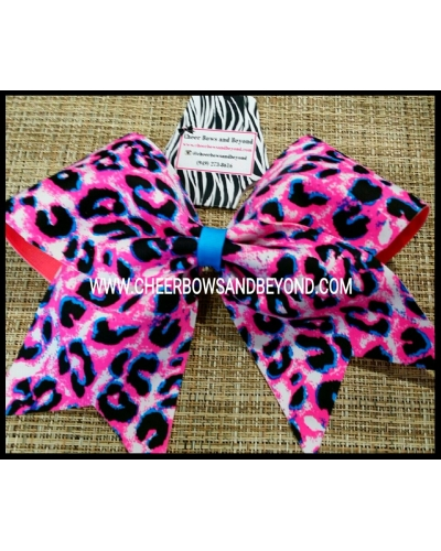 Diva Delight Cheetah Cheer & Dance Bow