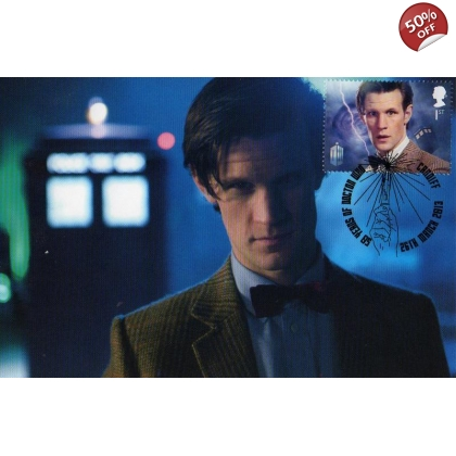 Dr Who Maximum card Matt Smith in front of the TARDIS