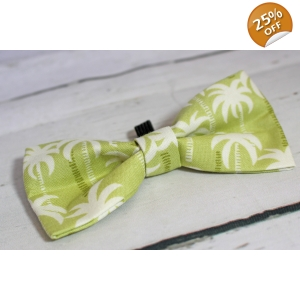 Palm Hearts Bow Tie