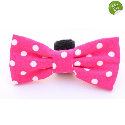 Pink Polka Dot Bow Tie title=