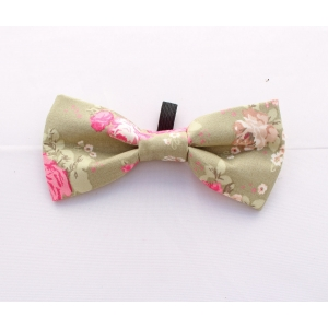 Peppermint Flower Bow Tie