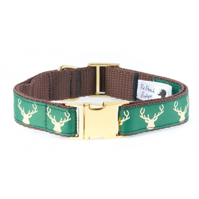 Country Stag Lush Green Collar On Gold