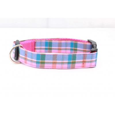 Raspberry Barkberry Plaid Collar