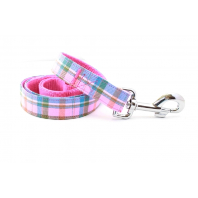 Raspberry Barkberry Plaid Lead