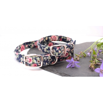 Navy Blue Maine Floral Buckle Collar
