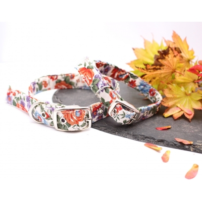 Classic Country Floral Buckle Collar