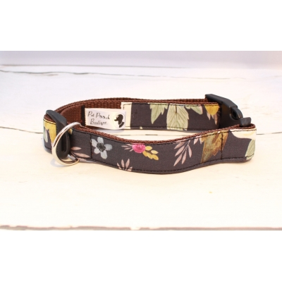 Midnight Floral Collar