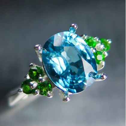 2.7ct Natural Cambodian blue zircon SILVER/ GOL/ PLATINUM ring