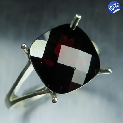 5.20ct Natural Garnet Spessartines Dark Red Sterling 925 silver ring