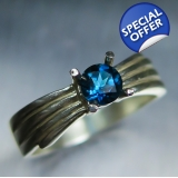 0.40cts Natural London blue Topaz Ster..