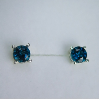 1ct Natural london blue..