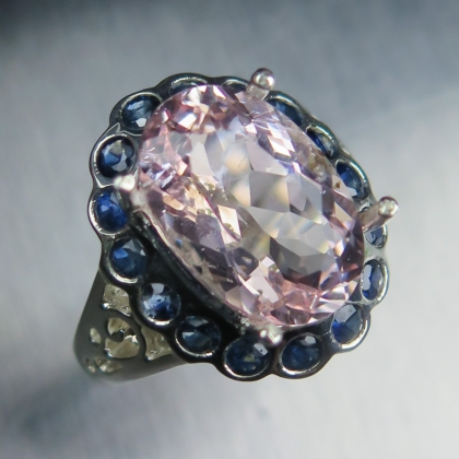 4.40cts Natural pink morganite & sapphires 925 Sterling Silver ring