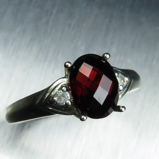 2ct Natural Red Spessar..