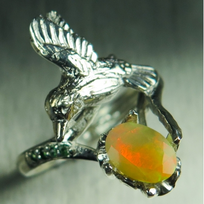 Natural multi-colour Welo Opal Silver/ Gold hummingbird nest ring