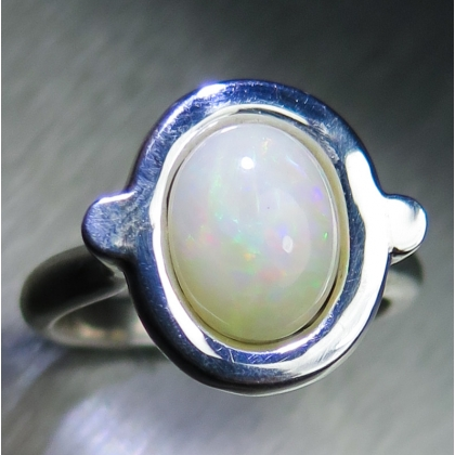 1.70ct Natural Welo Opal Silver/ 9ct 14k 18k Gold /Platinum ring