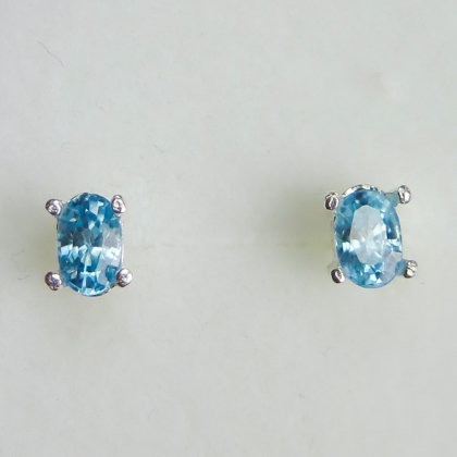 Natural paraiba blue Zircon Silver / gold / Platinum studs earrings