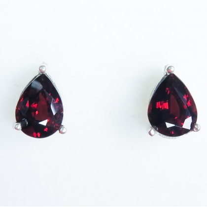 4.20ct Natural Spessartite Garnet Silver /Gold /Platinum stud earrings