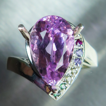4.6ct Natural vivid pink Kunzite Silver/ Gold / Platinum ring