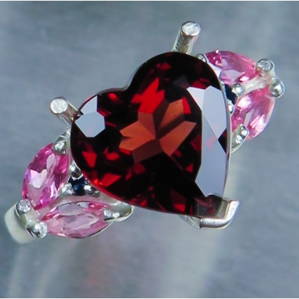 Natural Heart Red Spessartine Garnet 9ct 14k 18k Gold / Platinum ring