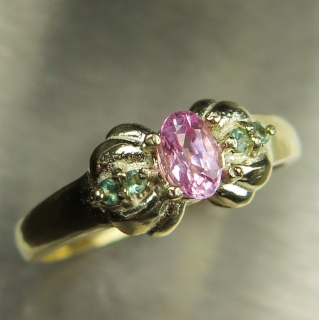 Natural Pink Sapphire &..