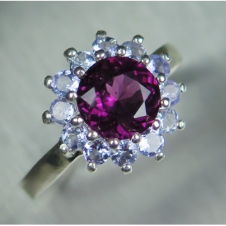 1.4ct Natural Raspberry Rhodolite Garn..