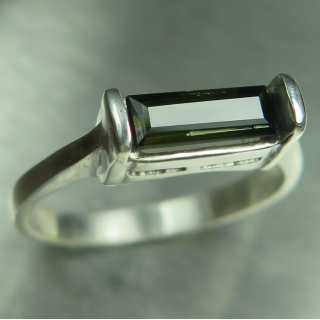 Natural forest green 925 Silver /9ct 1..