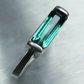 Natural bluish green tourmaline Silver..