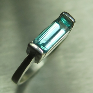 Natural Paraiba blue tourmaline Silver..