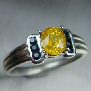 1ct Natural Yellow sapp..