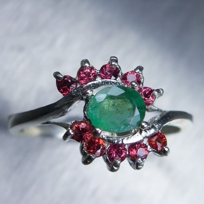Natural Colombian Emerald Silver/ Gold / Platinum engagement ring
