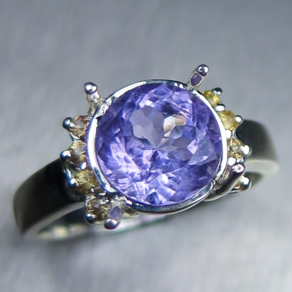 2.2ct Natural Purple blue Apatite & sapphires 925 Silver / Gold ring