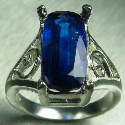 Natural blue Kyanite 925 Silver / Gold/ Platinum unisex ring