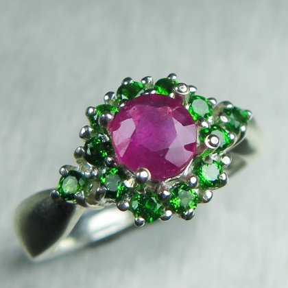 Natural Ruby pink & chrome diopside red Silver/ Gold / Platinum ring