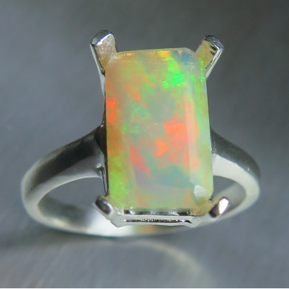 1.90ct Natural Welo Opal Silver/ 9ct 14k 18k Gold /Platinum ring