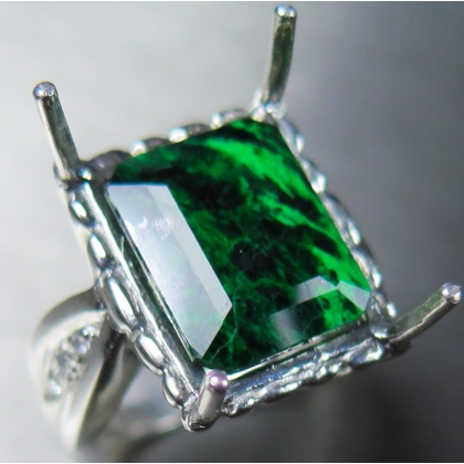 8.65ct Natural Green Maw sit-sit Silver/ Gold /Platinum ring