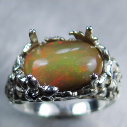 3.25ct Natural Welo Opal Silver/ 9ct 14k 18k Gold /Platinum ring