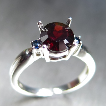 1.9ct Natural Red Spessartine garnet Silver/ Gold /Platinum ring