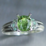 Natural Demantoid garnet & alexandrite..
