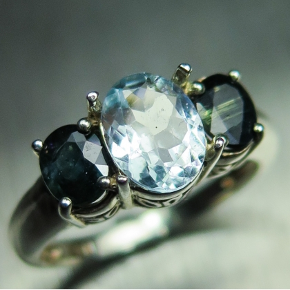 0.85cts Natural light aqua blue aquamarine Silver Gold Platinum ring