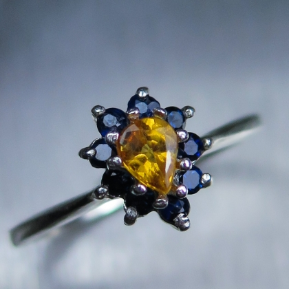 Natural fire orange sapphire Silver/ Gold / Platinum engagement ring
