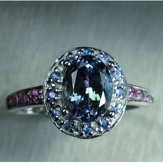 1.6ct Natural tanzanite & sapphires Si..