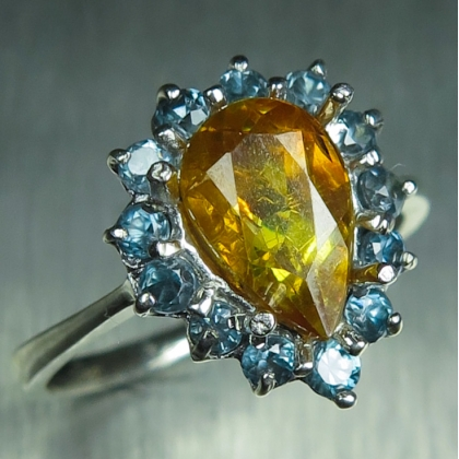 1.6ct Natural Sphalerite & zircon Silver/ Gold / Platinum ring