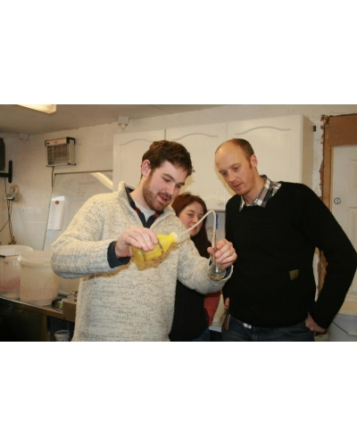 Monkhide's  Introduction to winemaking: one day course