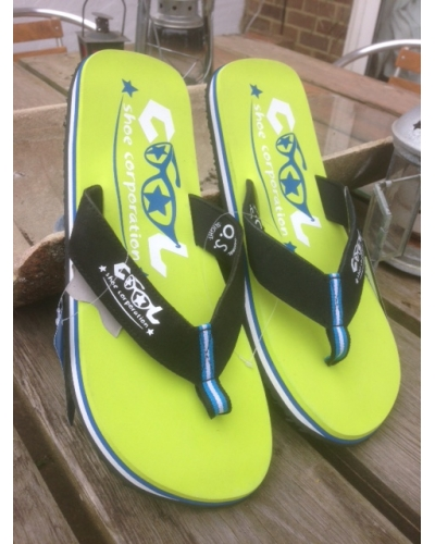 Cool Shoe corporation Lime Slight 45-46 only
