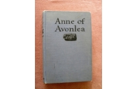 Anne of Avonlee Canadia..