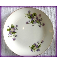 "English Violets Made in Staffordshire England 9"" Plate 22K Gold Trim"