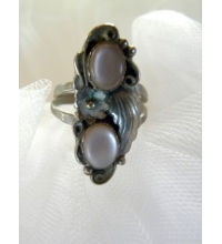 "Pink Mother of Pearl & Sterling Ring Signed ""Angela"""